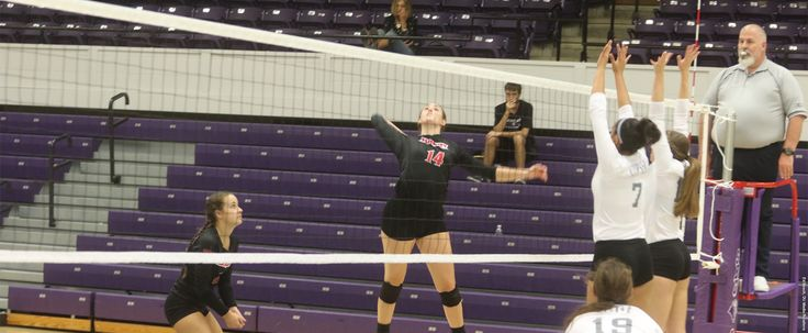 Panthers win twice on Saturday to go 4-0 in SBU Tournament