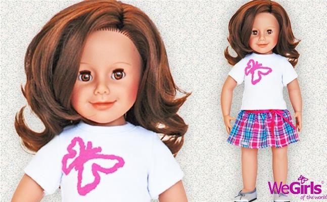 WeGirls - Lalka Przyjaciółka + karta klubowa - Jaka jest ta Dziewczynka? Ma złoto-brązowe oczy i ciemne włosy. Chętnie się z Tobą zaprzyjaźni. Nadaj jej imię i unikalne cechy charakteru. Razem podbijecie cały świat!