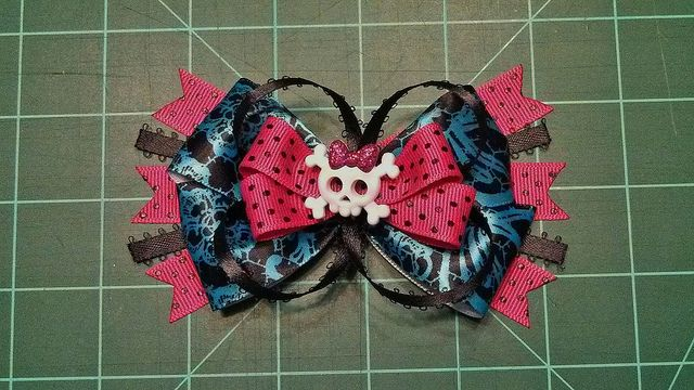 Monster High Bow | Flickr - Photo Sharing!