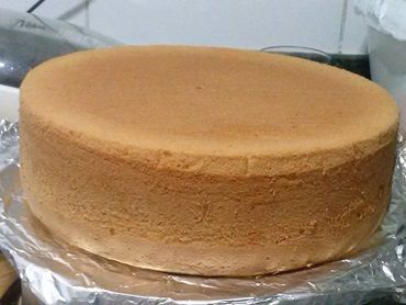 Massa aerada para 100 bolos no pote essa Dica de massa, criada por mim dá muito certo, tive uma encomenda de 200 bolos para um casamento e fiz 2 massas dess
