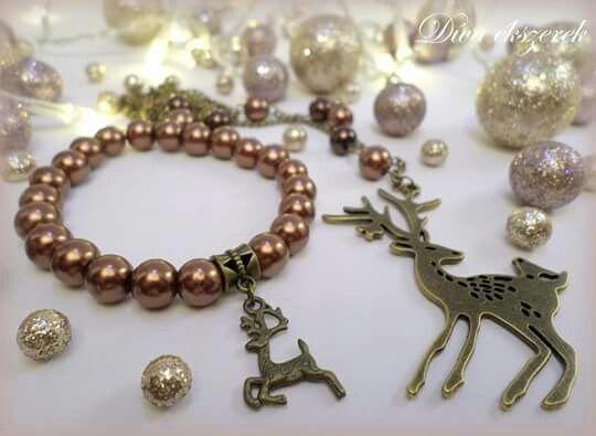 Szarvasos ékszerszett. More at facebook.com/divaekszerek #christmas #jewelry #bracelet #necklace #xmas