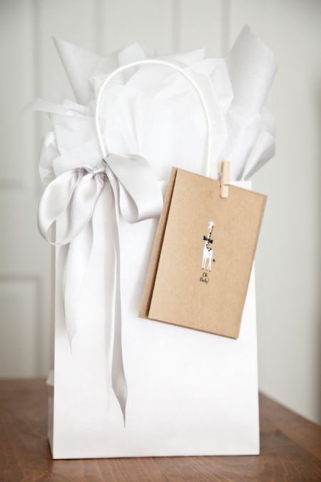 1437 best images about gift wrap and packaging on pinterest brown paper fabric gifts and. Black Bedroom Furniture Sets. Home Design Ideas