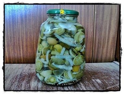 Belly Konyhája: Savanyított zöldparadicsom télire