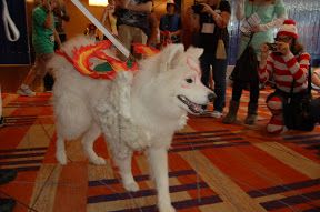 + = Photo by ~morgoththeone. Summary: Build blog for the costume for the wolf goddess Amaterasu from Okami, built for and cosplayed by my Samoyed dog Dante. Originally posted at my more general blog. Before I proceed, a few notes for anyone who wants to cosplay their dog: Only do this if the dog will...