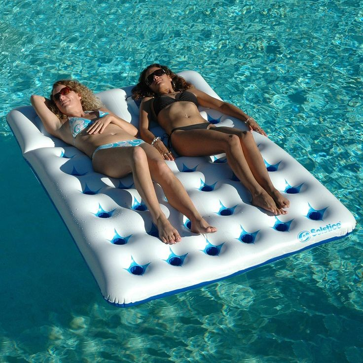 don t skimp on fort with your pool mattress by increasing capacity aqua window duo mattress is a 2 person pool float with heavy duty construction and a
