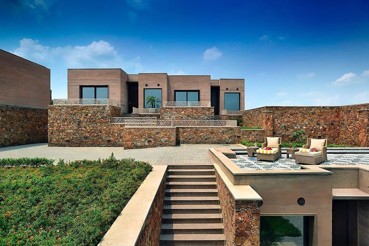 New Delhi, India Boutique Hotel – SIREWALL | Structural Insulated Rammed Earth