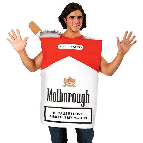 Pakje Sigaretten kostuum Molborough. Grappig en origineel kostuum voor bijvoorbeeld de carnaval. Op het pakje Molborough staat tevens de tekst: because I love a butt in my mouth. Het rokers kostuum is een One size.