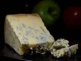 How to make your own Stilton! A Step by step guide full of simple directions and pictures showing you how to make your own Stilton-style cheese.