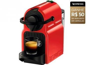 Cafeteira Inissia Ruby Red da Nespresso. Cafeteira espresso, prepara uma xícara de café por vez, possui reservatório removível, seletor de quantidade de café Espresso e Lungo e o tempo médio...