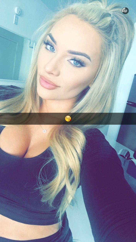 cum-blonde-snapchat-videos