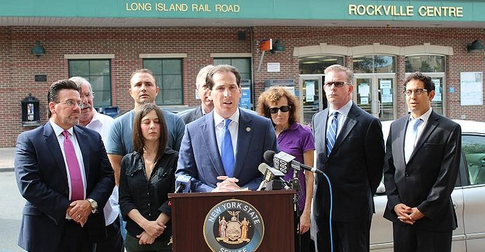 After last weekend's terrorist attack in Chelsea, commuters have rallied behind Senator Todd Kaminsky in order to influence the Metropolitan Transportation Authority (MTA) to make security upgrades. The primary proposed item is to strengthen video monitoring capabilities in stations and on subway cars. The open letter sent to the MTA's CEO can be read in full below.