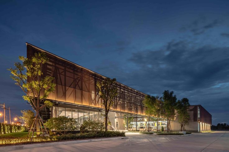 Gallery of TAK Sale Office & Warehouses / AOMO - 1