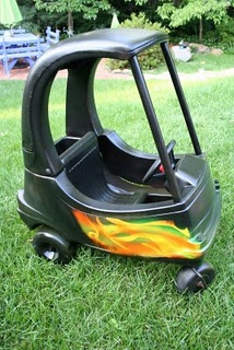 little tikes cozy coupe makeover! Picked one up free on the side of the road!! I'm so doing this!!