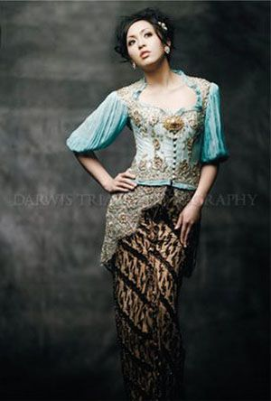 Batik fashion / Darwis Triadi Photography