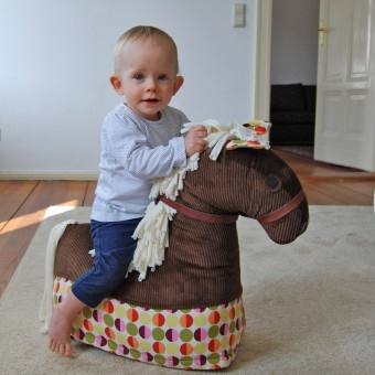 Horse riding for a start! Stofftier Pferd