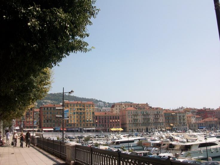 Nizza, Il porto