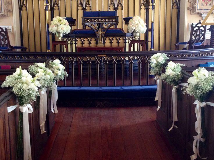 Aisle Dcor White Lisianthus And Babys Breath Altar