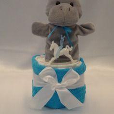 Délicat gâteau de couches, avec son hippopotame