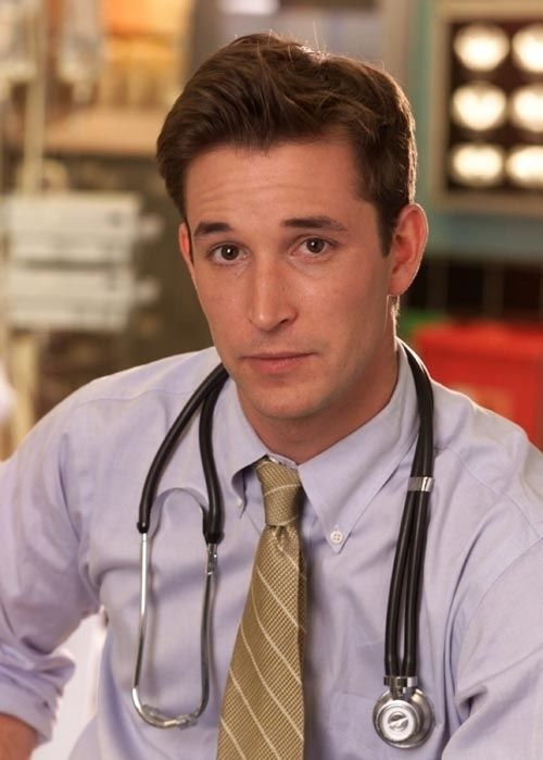 Dr. John Carter, played by Noah Wyle. // Look at him. So precious. Ah, memories.