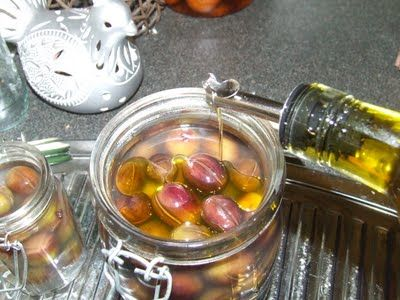 Simple, Green, Frugal Co-op: Curing Olives At Home