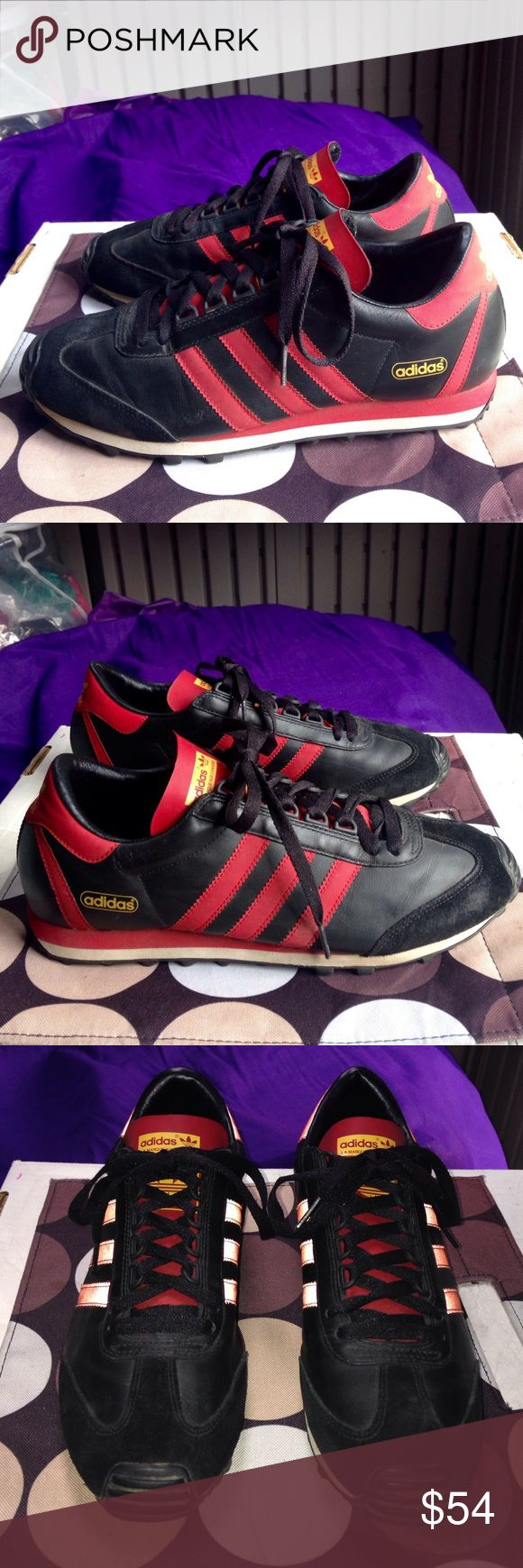 ADIDAS Blk Red Leather Running Shoes EUC 9 ADIDAS La Marque Aux 3 Bandes Blk Red Leather Running Shoes EUC Women's US 9 Adidas Shoes Athletic Shoes