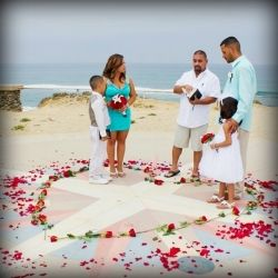 Check Out This Super Cute Couples Wedding Vow Renewal Ceremony On Their 10th Anniversary In A
