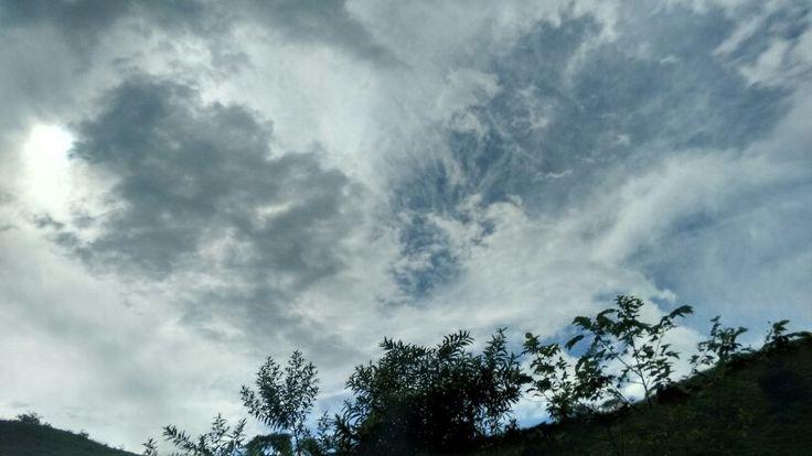 Mundo gris mundo azul
