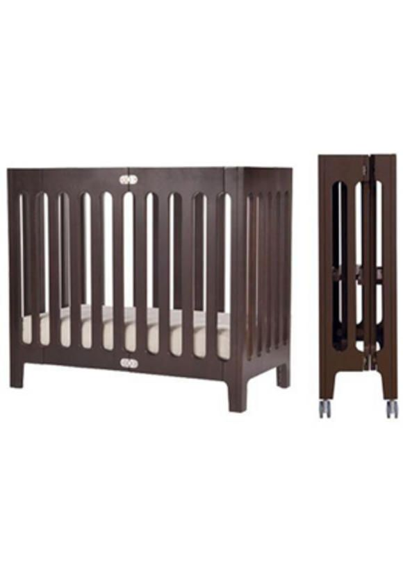 Bloom Alma Mini Crib | Good baby gear for small spaces