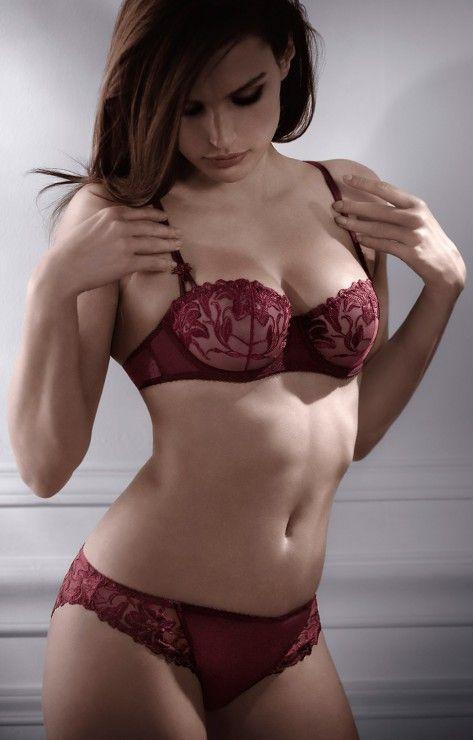 374 best lingerie femme images on pinterest for Aubade jardin des delices