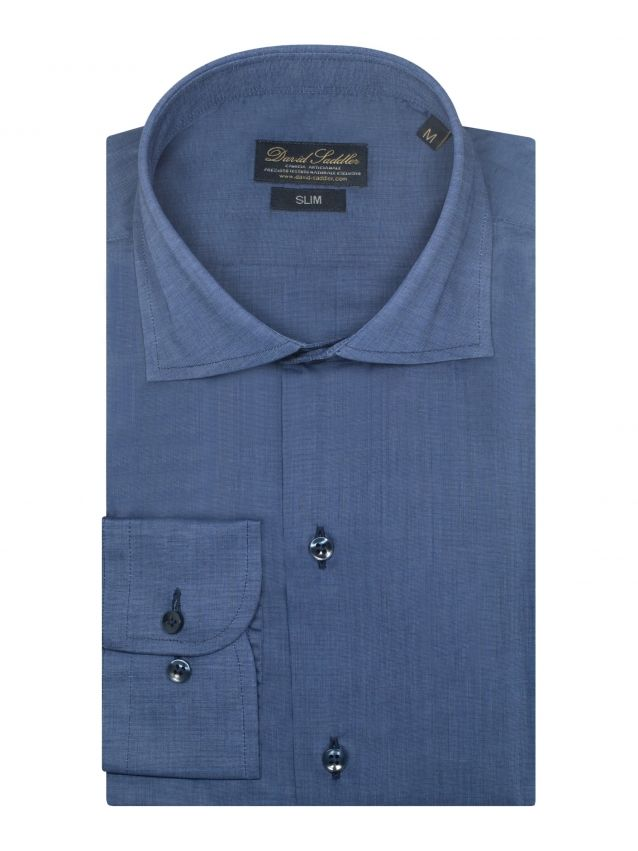 The aviation blue shirt Firenze for men is made of pure and precious iridescent cotton. The weave, masterfully realized, is enriched by the particular aviation blue solid garment, a versatile color that offers a lot of different combinations.