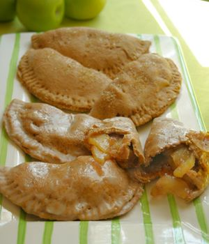 "man oh man these look tasty - ""Apple Pockets"": Vegans Cookbook, Vegans Recipe, Vegans Apples, Apples Pies, Baking Cooking, Cooking Recipe, Vegans Baking, Pocket Vegans, Apples Pocket"