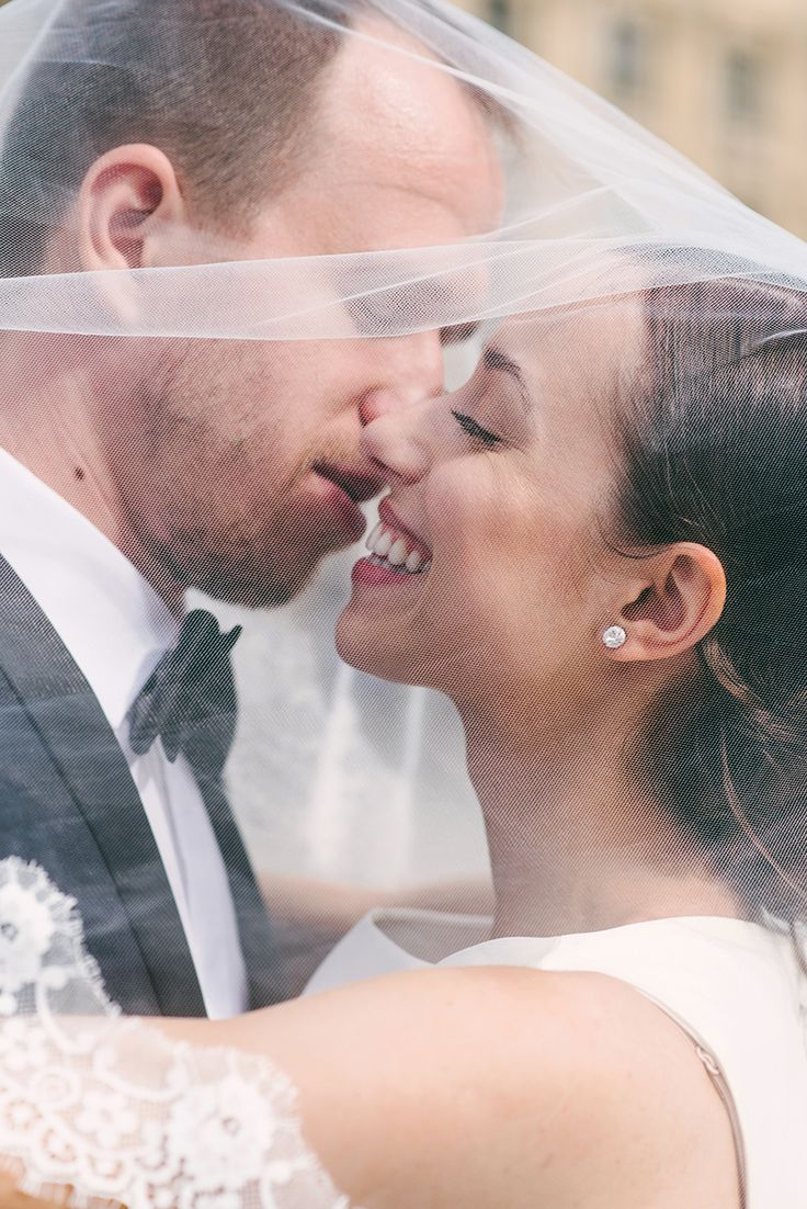 dreameyestudio.pl #wedding #bride #groom #love #pronovias #barcaza #kiss
