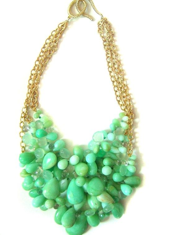 mint green necklace: Green Stones, Statement Necklaces, Green Grape, Color, Green Coral, Jewelry, Mint Necklace, Green Necklace, Bibs Necklaces