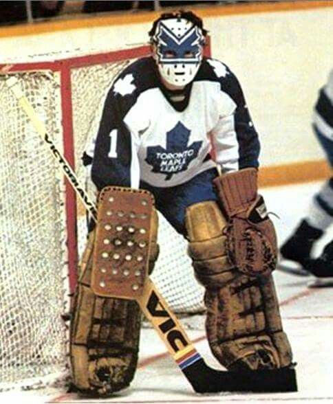 Jimmy Rutherford ... doesn't look right in that Leafs uniform.