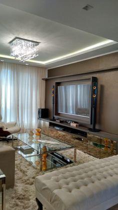 Projeto de reforma, design de interiores e iluminação. Sala de Estar / Home…