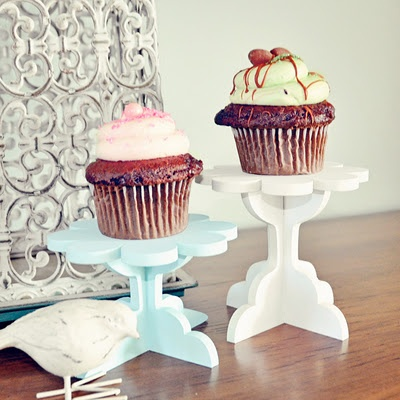 A set of DIY wooden cupcake stands from SayHelloShop.com