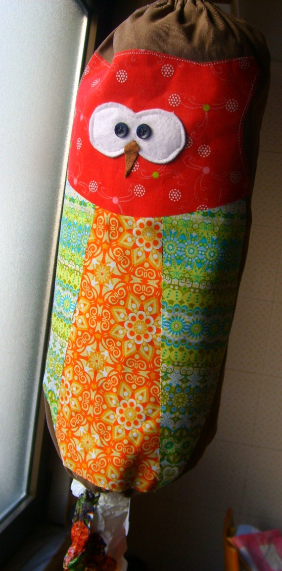 owl plastic grocery bag holder or plastic bag dispenser- im going to make a crochet one with my left over yarn bits !:) how cute and handy:)