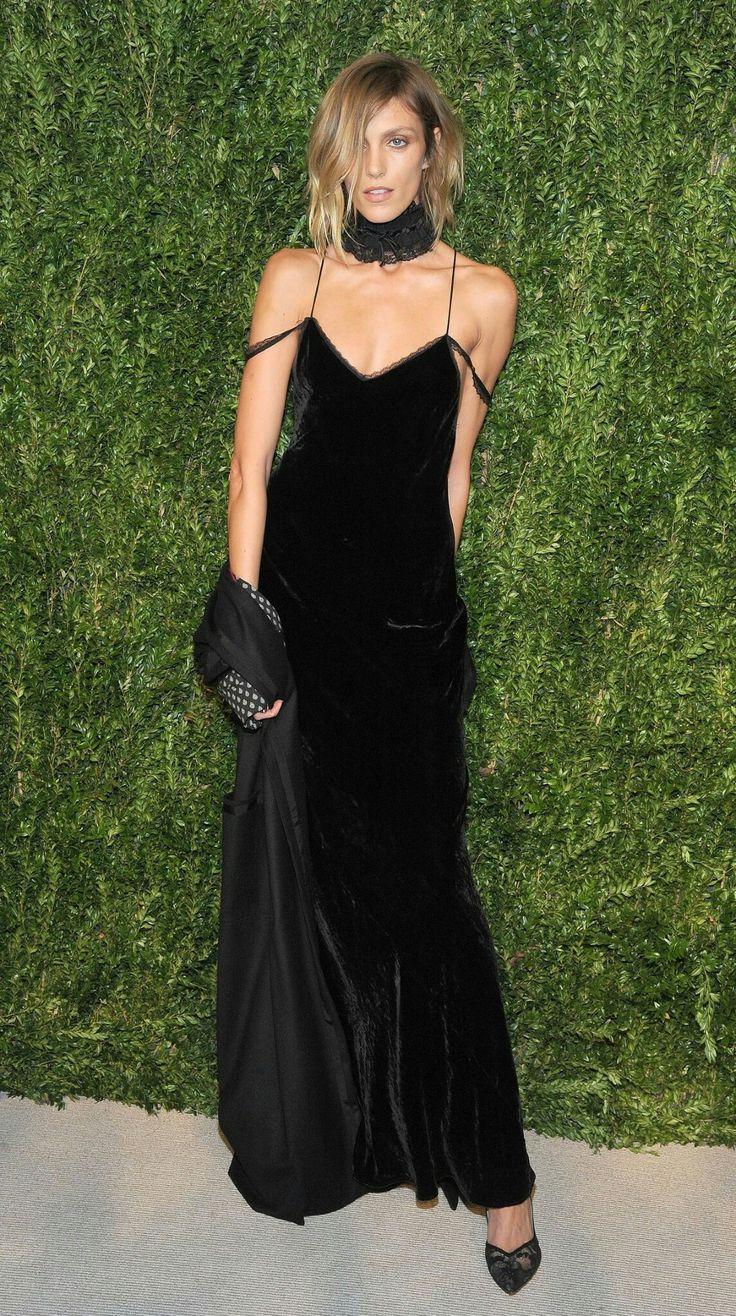 CFDA X Vogue Fashion Fund Dinner, New York – November 7 2016 Anja Rubik