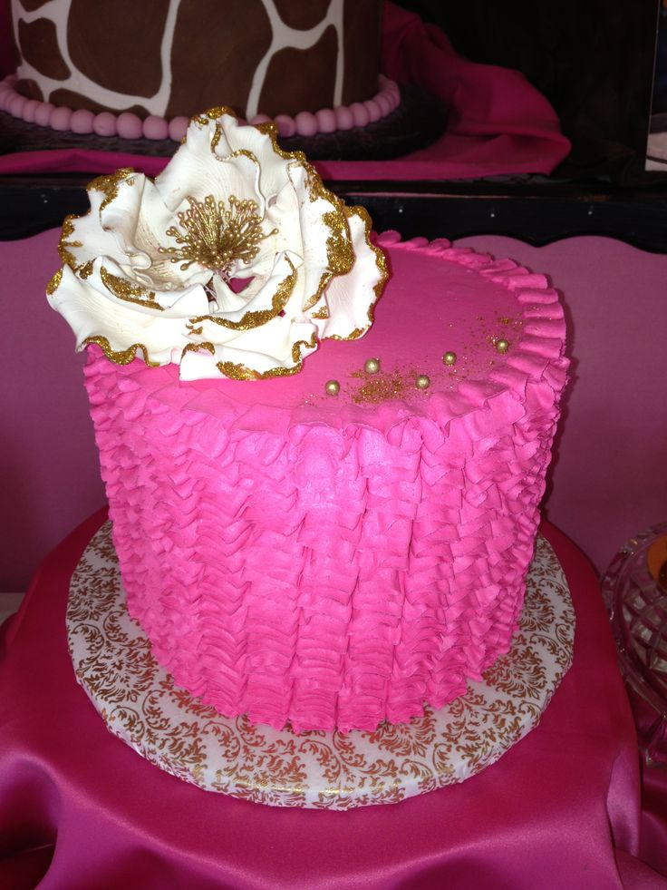 Hot Pink Cake Images : 17 Best images about Custom Cakes on Pinterest Birthday ...