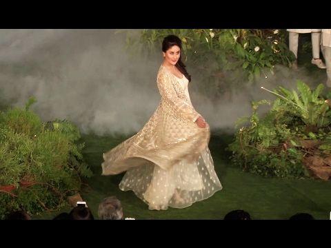 WATCH Kareena Kapoor's finale ramp walk at Lakme Fashion Week 2017. Click here to see the full video > https://youtu.be/B3V-ejkDNgI #kareenakapoor #lakmefashionweek #lakmefashionweek2017 #lfw #lfw2017 #bollywood #bollywoodnews #bollywoodnewsvilla