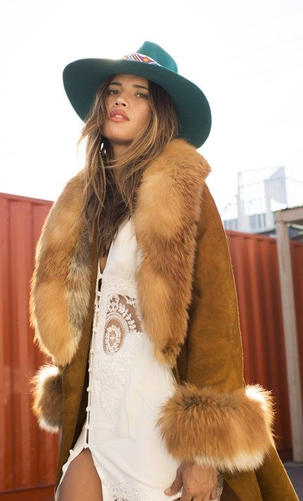 ╰☆╮Boho chic bohemian boho style hippy hippie chic bohème vibe gypsy fashion indie folk the 70s . ╰☆╮Vintage fur lined coat. Retro 60s & 70s Style :: Beautiful Festival Outfits :: ZAIMARA Vintage :: Summer Inspirations :: Gypsy Prints :: Hippie☮ :: Boho Chic Style :: Spread Love and Keep Positive :: Free Spirit:: Indie Folk::