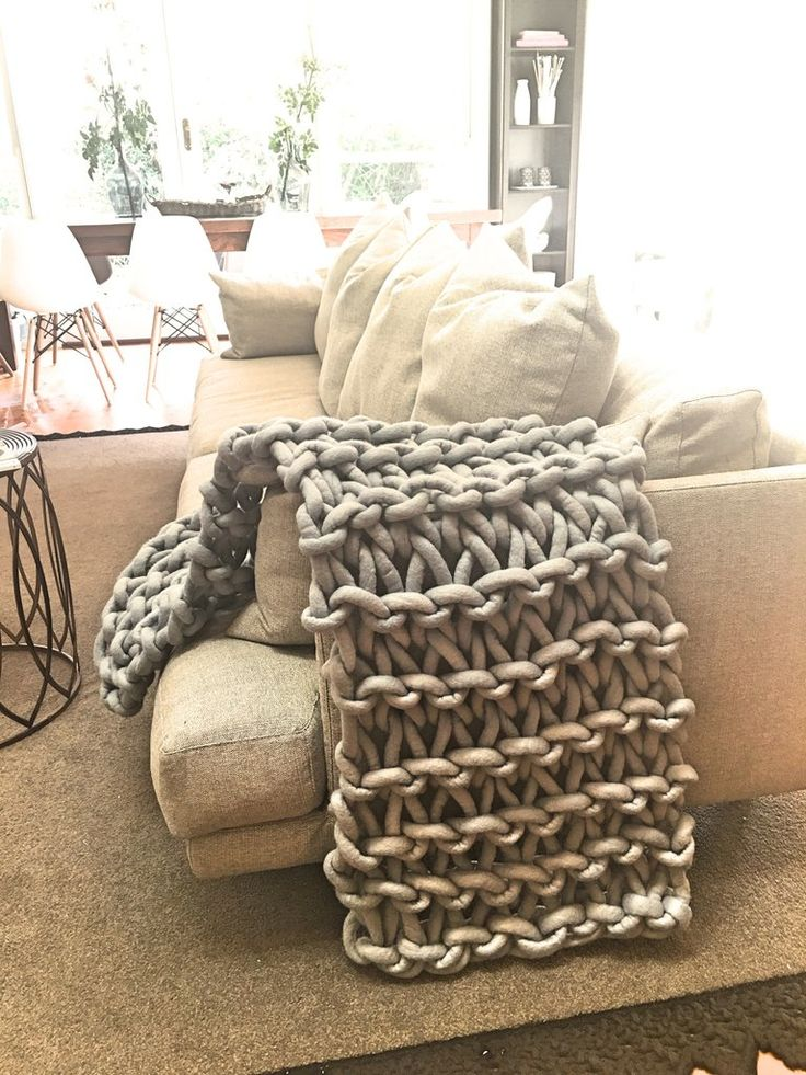 Extreme Knitting Blanket Pattern : 25+ Best Ideas about Extreme Knitting on Pinterest Giant knitting, Arm knit...