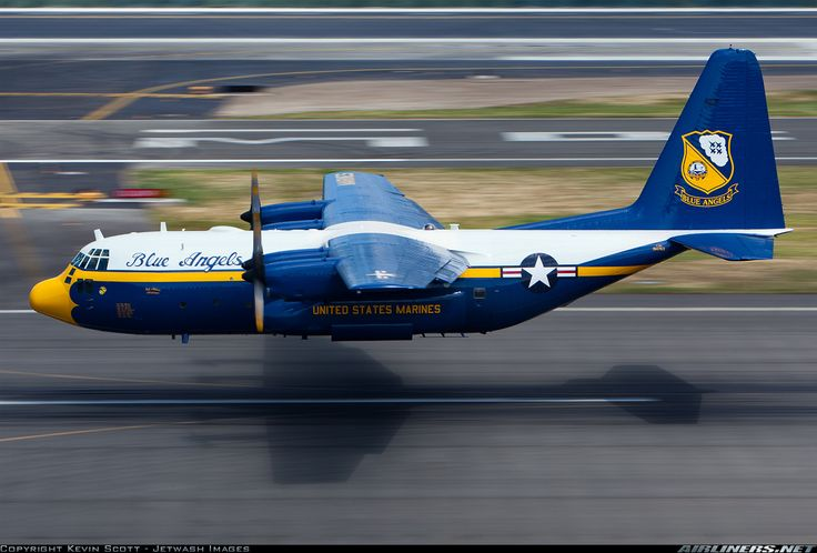 Fat Albert low on the deck for Seafair '12!