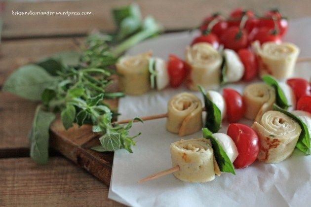 Die besten 25 tomate mozzarella spie e ideen auf - Fingerfood kindergarten ...