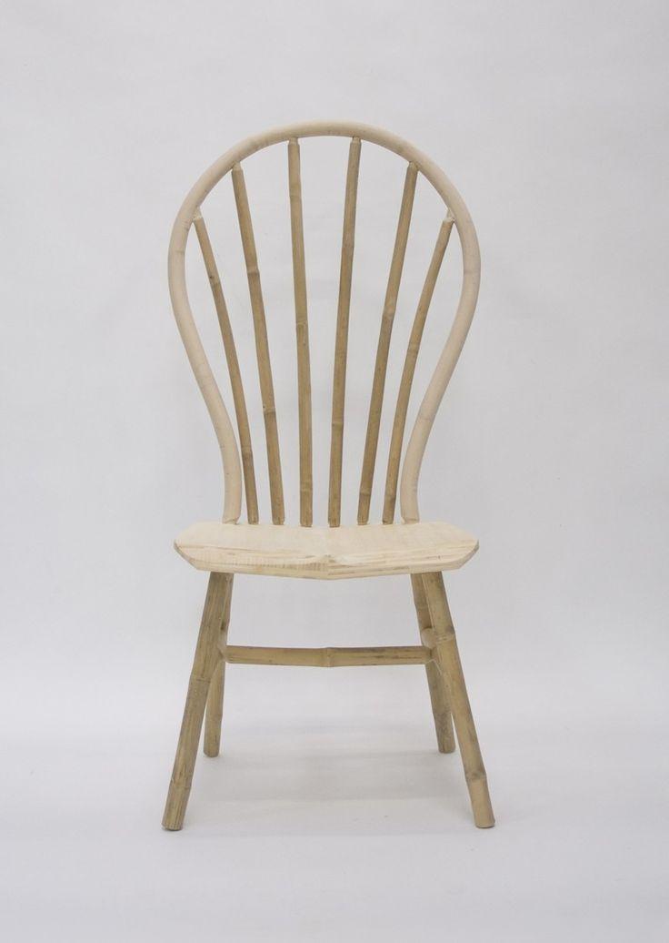 Edwin Pelser designwinkel Bamboe Windsor Serie van Bo Reudler, bank, salontafel en stoelen van bamboe. Den Haag
