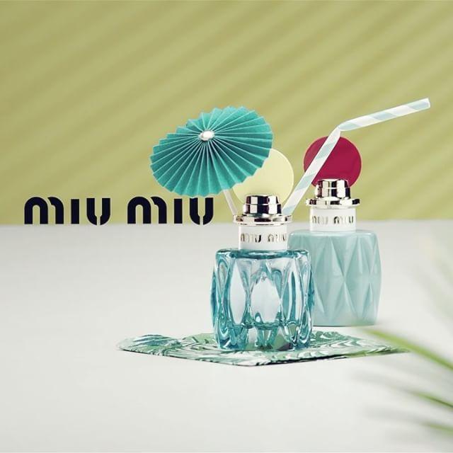 #여름향수이걸로끝 #미우미우 가 만들어낸 칵테일은 어떤 모습일까요? 새롭게 선보인 #로블루오드퍼퓸 을 소개할게요. 미우미우의 시그니처 향을 프레쉬하고 유쾌하게 해석했답니다. 절묘하게 조합된 은방울 꽃과 아키갈라 우드가 만들어내는 미우미우 로 블루의 싱그러운 그린 플로럴 향을 만나보세요. #MiuMiuLEauBleue #JumptoSpring #미우미우로블루 #미우미우향수 #향스타그램 #향수 #INSTYLE_NEWS  via INSTYLE KOREA MAGAZINE OFFICIAL INSTAGRAM - Fashion Campaigns  Haute Couture  Advertising  Editorial Photography  Magazine Cover Designs  Supermodels  Runway Models