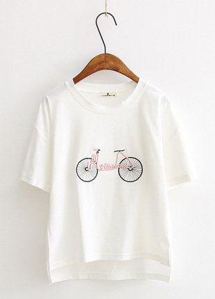 Kup mój przedmiot na #vintedpl http://www.vinted.pl/damska-odziez/koszulki-z-krotkim-rekawem-t-shirty/16827229-bluzka-z-rowerem