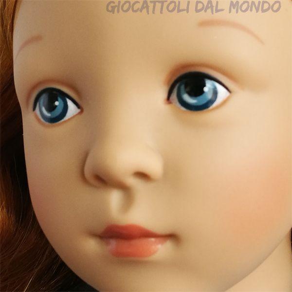 Brigitte, bambola in vinile Petitcollin solo su: http://www.giocattolidalmondo.it/articoli/1262/brigitte-bambola-di-vinile-48-cm-con-bambolotto-petitcollin.htm