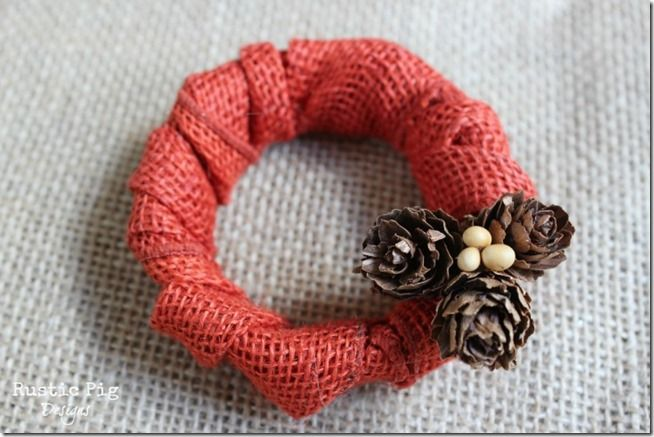 Mason Jar Lid Wreath - Mason Jar Crafts Love Maybe tan burlap with gold or silver accents for Christmas tree decorations?