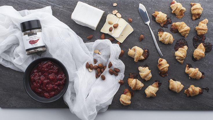Croissants farcis à la confiture de chia